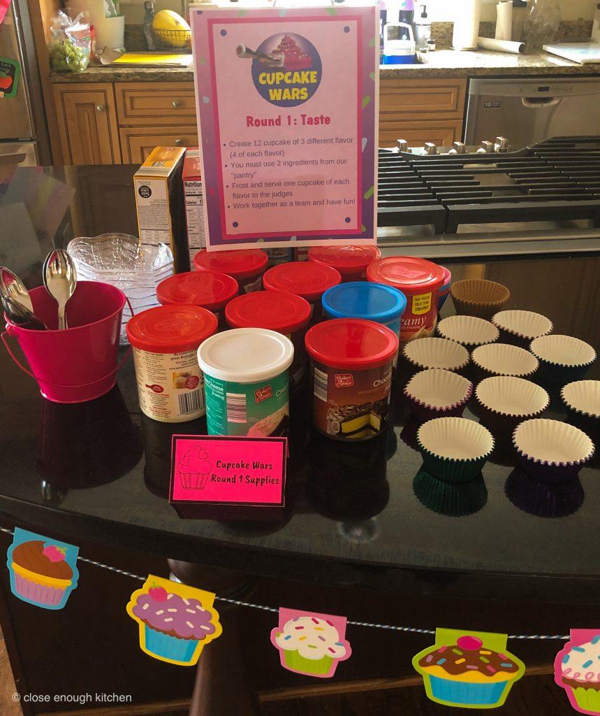 Cupcakes supplies
